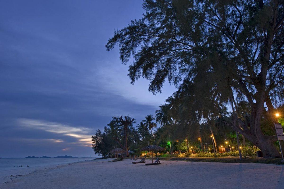 Kveldsstemning på Aseania Beach Resort