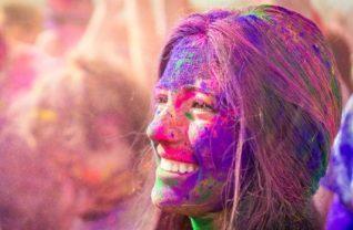 holi-fargefestivalen